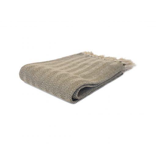 Ecru Green 100% cotton throw from Paarizaat